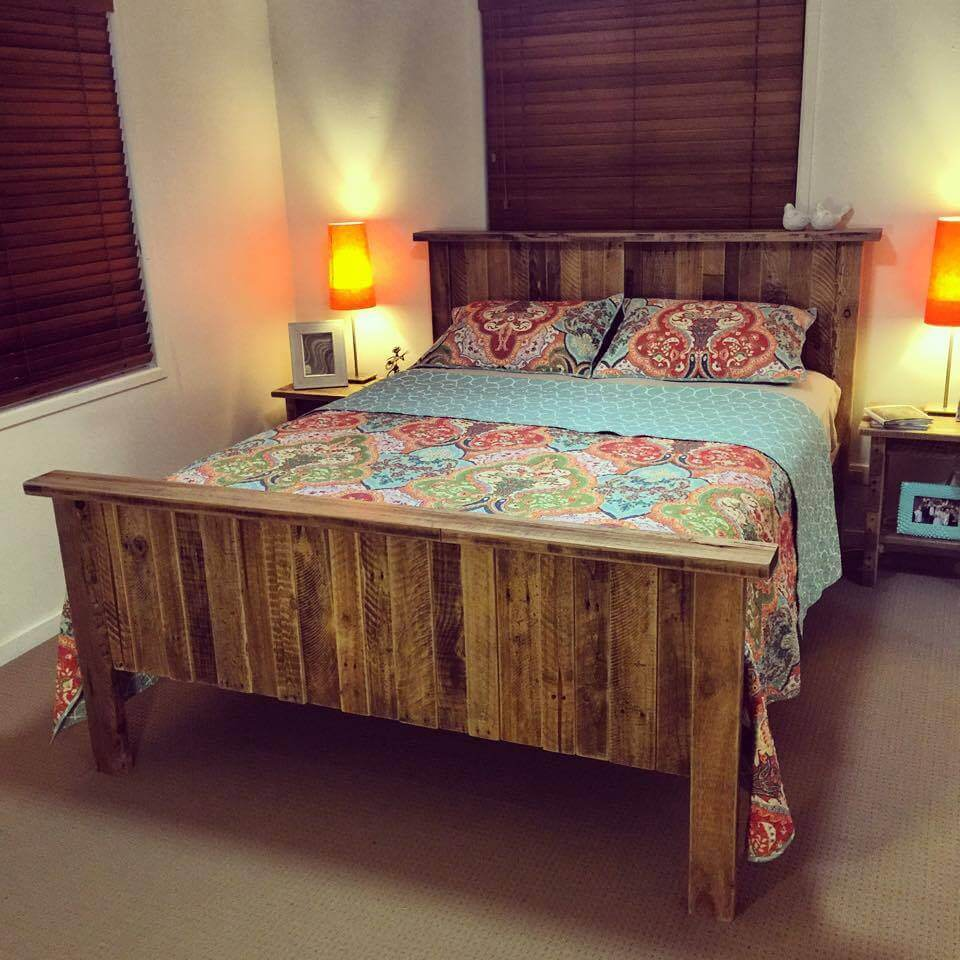 DIY Pallet Bed With Storage Ideas