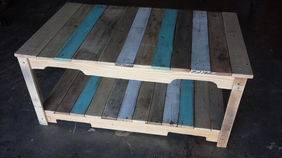 pallet coffee table with stained stripes