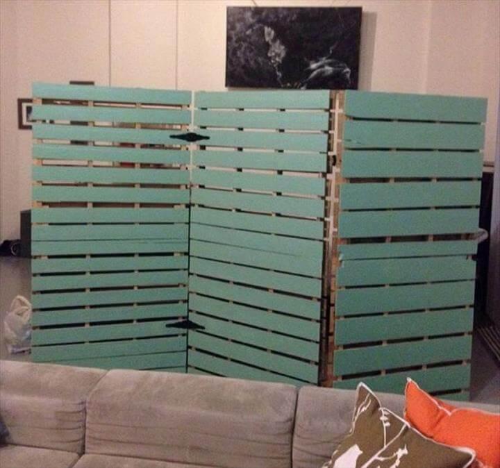handmade wooden pallet room divider