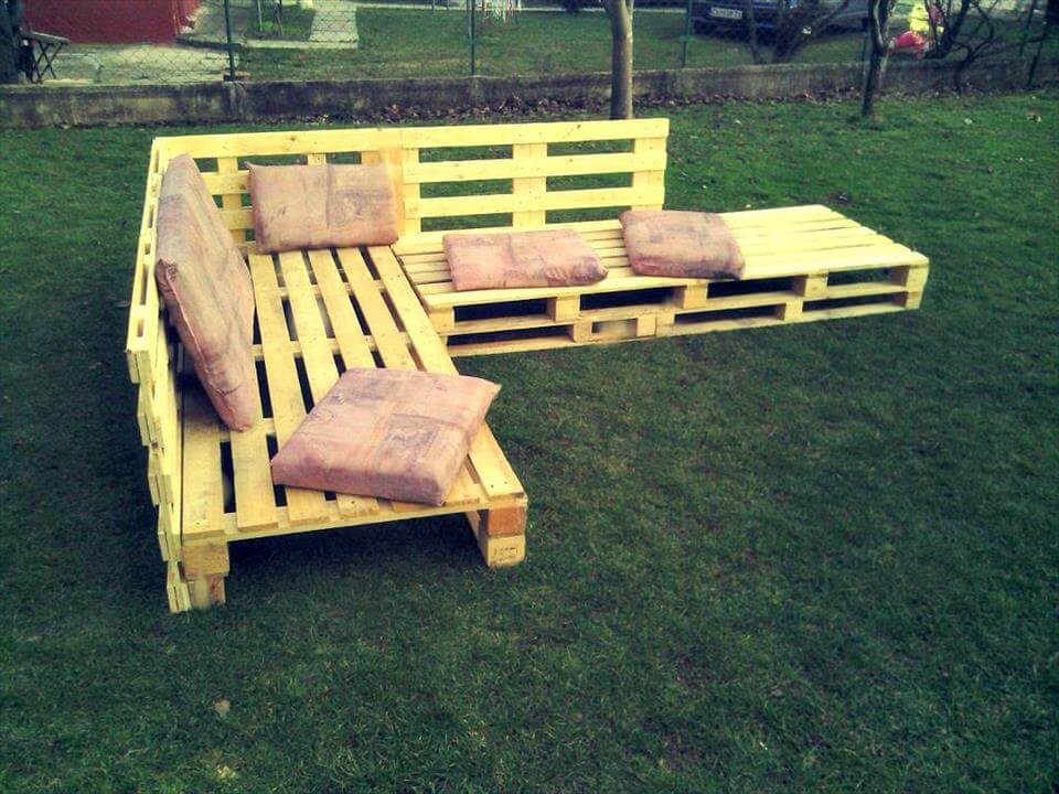 wooden pallet L-shape sofa