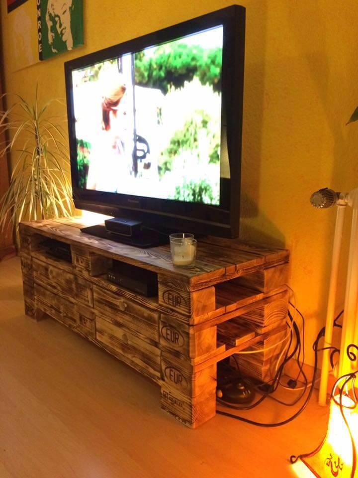 handmade pallet TV console