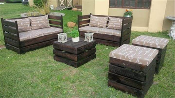 low-cost pallet garden or patio sitting set