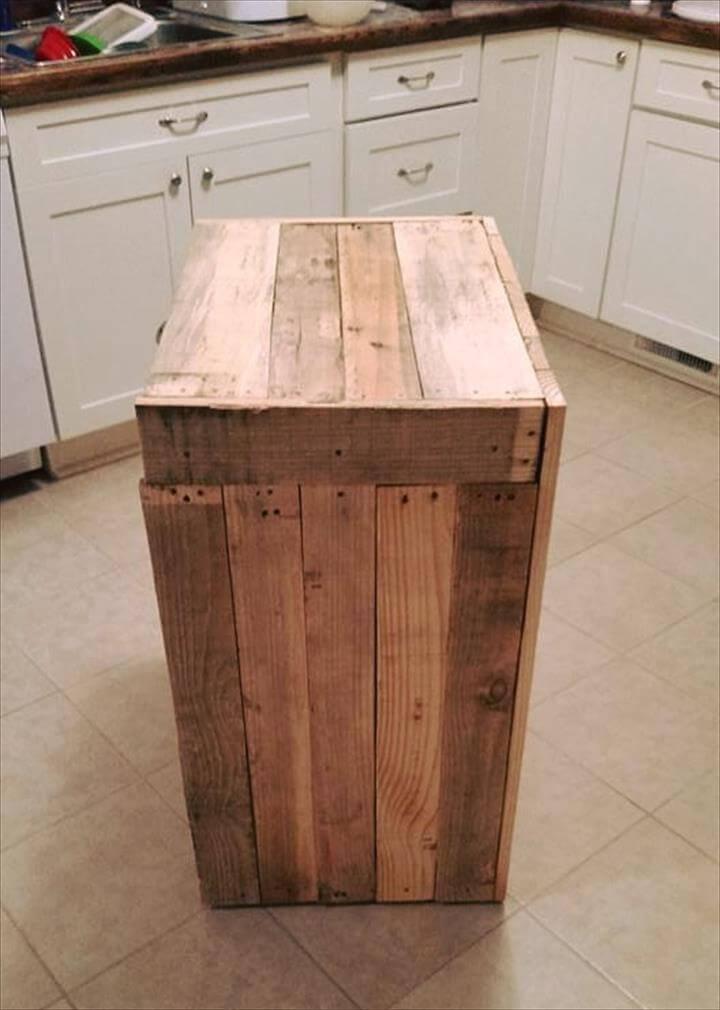Pallet Kitchen Trash Can Holder 101 Pallet Ideas