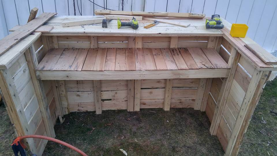 Take benefit of already modified pallet shapes and rectangular wooden ...