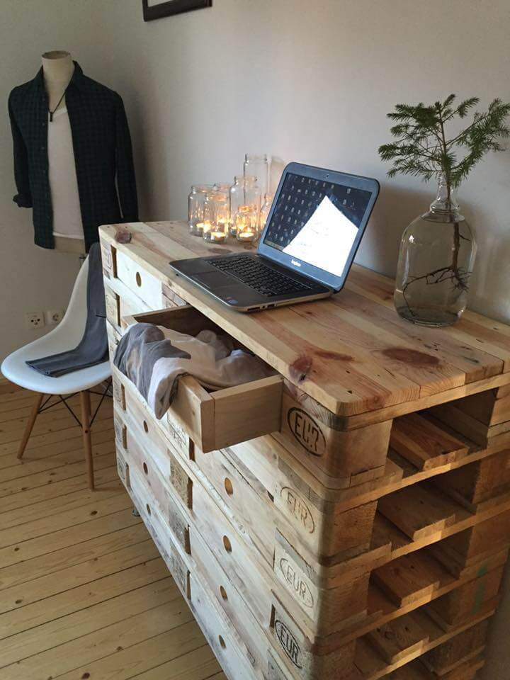 low-cost pallet chest of drawers