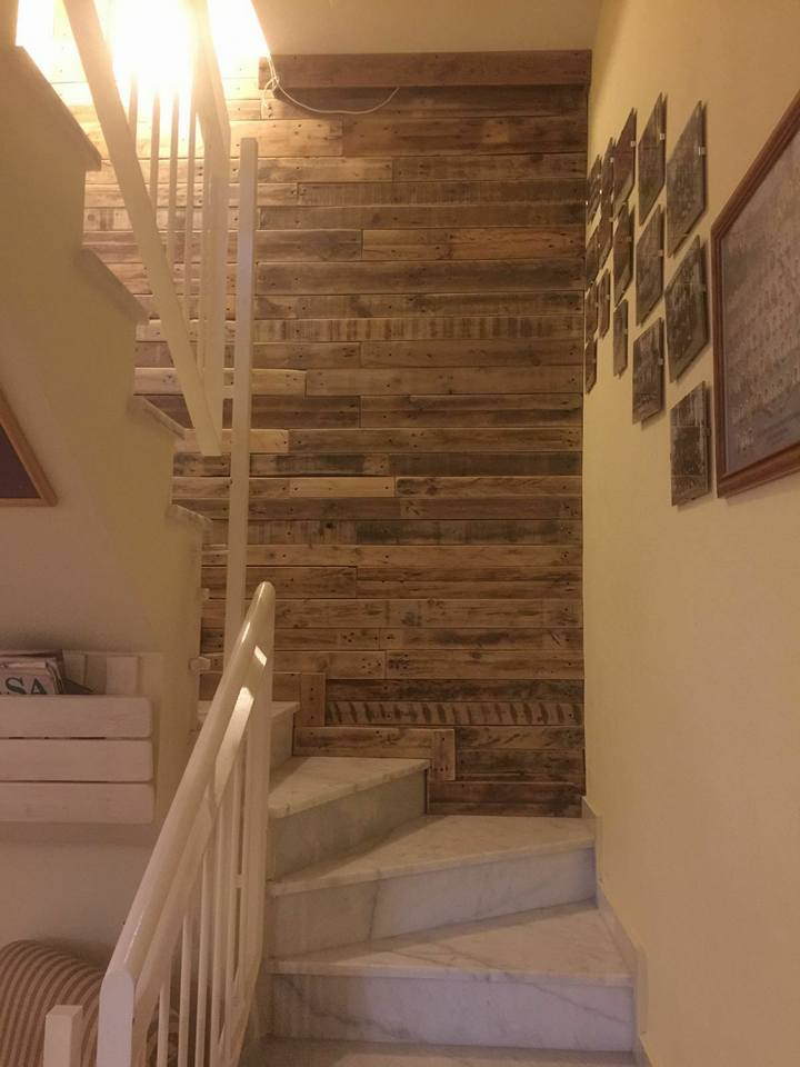 Pallet Wood Wall Paneling Stairway And Living Room 101