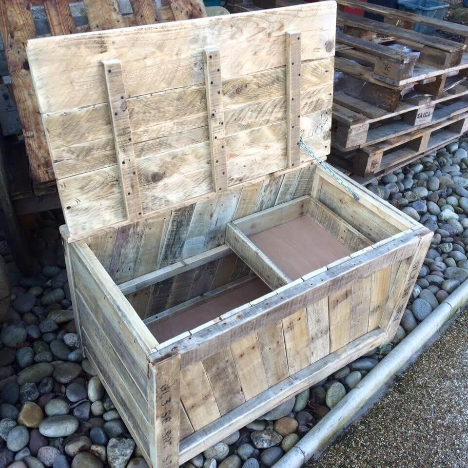 DIY Wooden Pallet Chest Designs