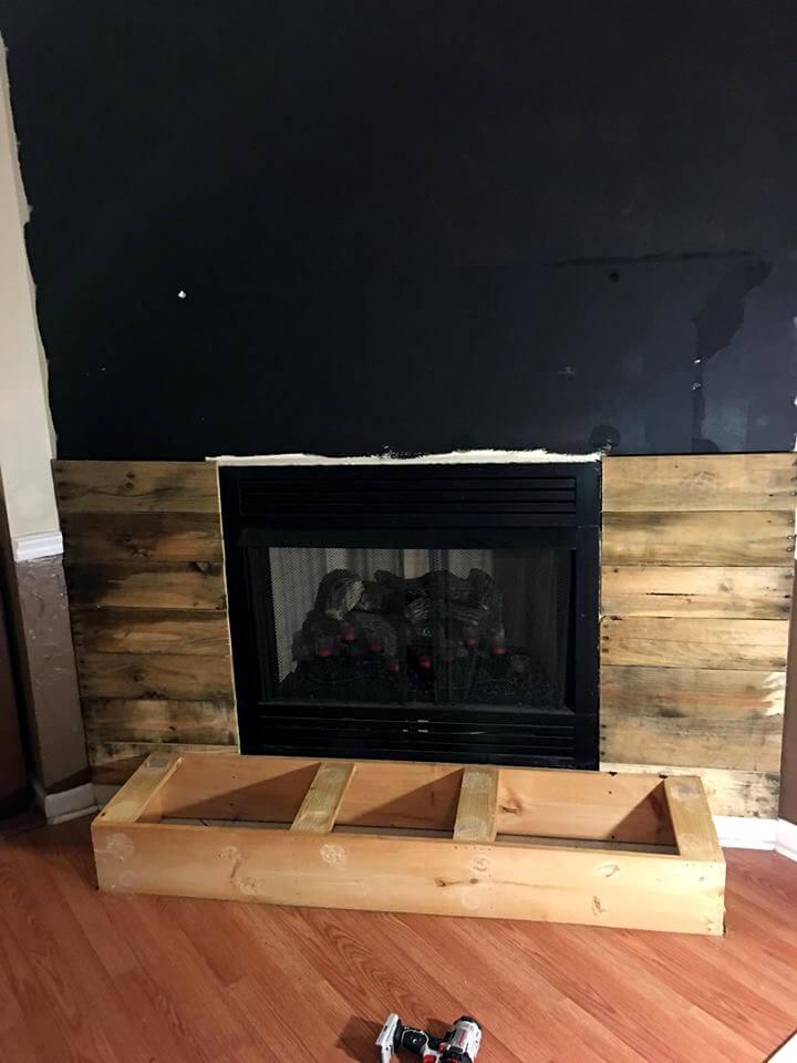 DIY Pallet Fireplace