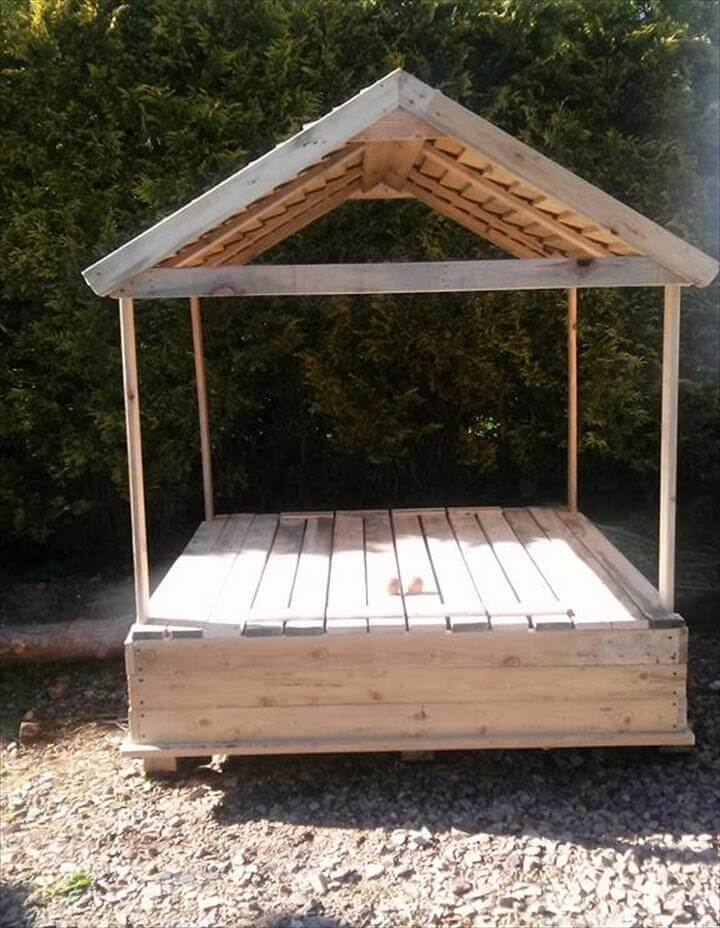 Build A Covered Pallet Sandbox Diy