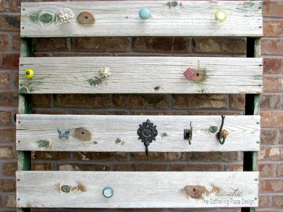 wooden pallet wall hooks