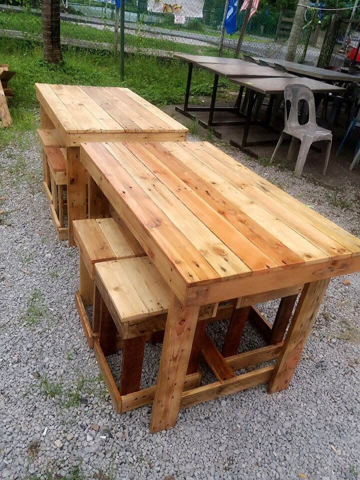 recycled pallet outdoor dining or beverage party sets