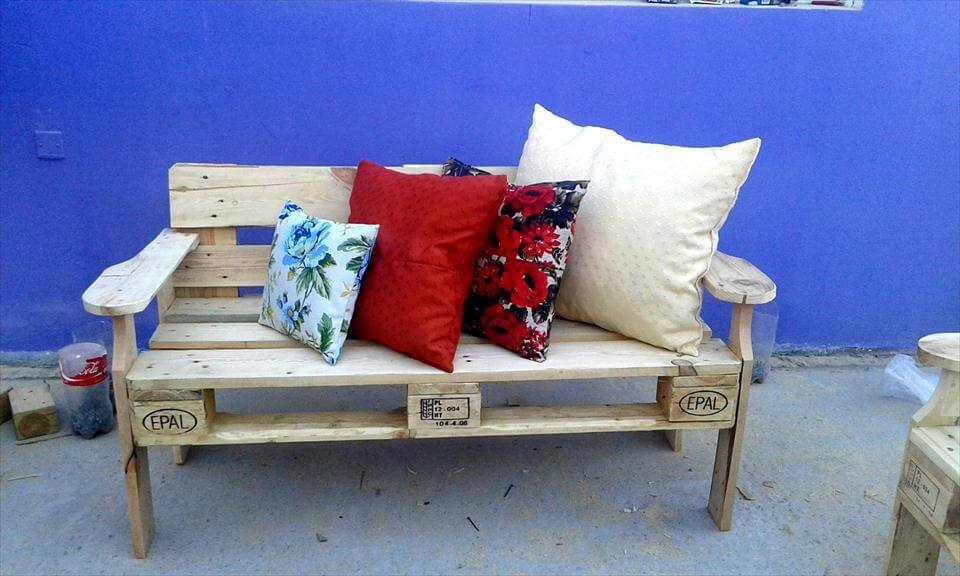 wooden pallet robust bench