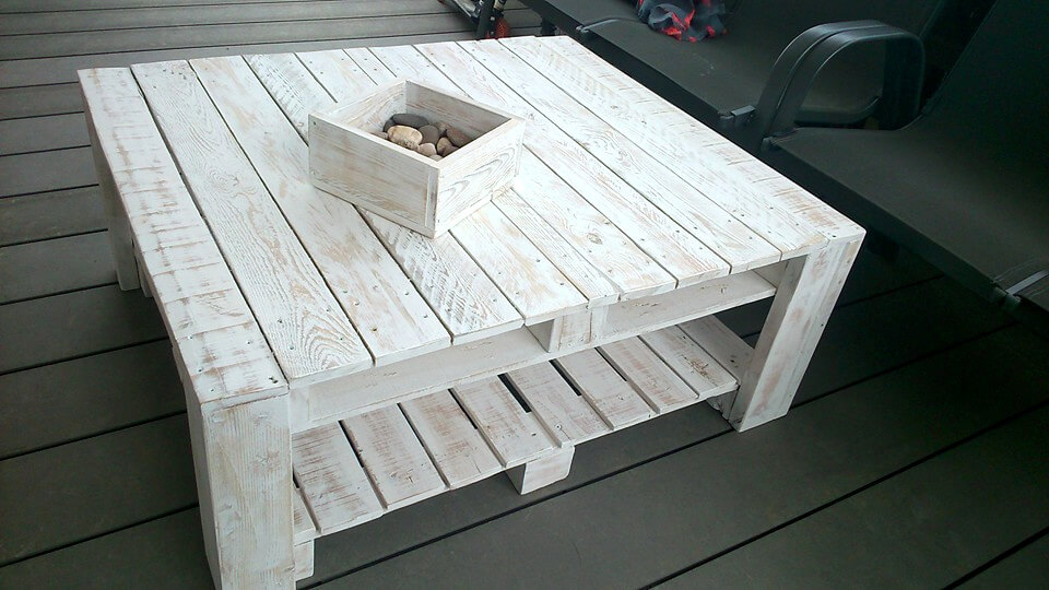 white painted pallet coffee table
