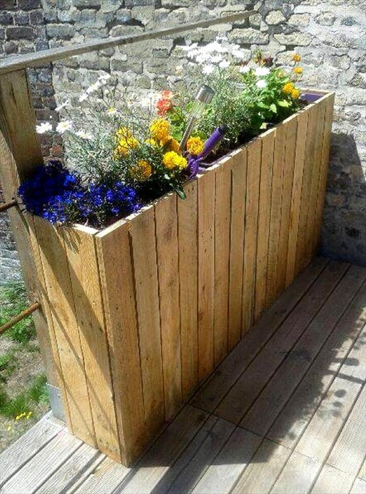 custom wooden pallet planter