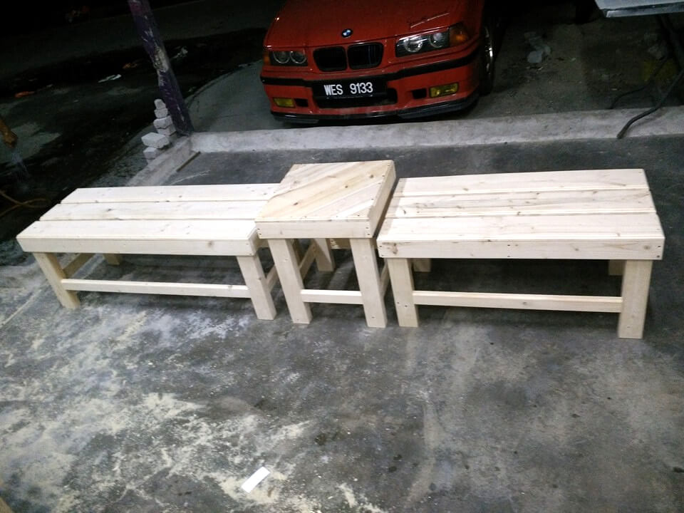 reclaimed pallet 2 mini bench and a table set
