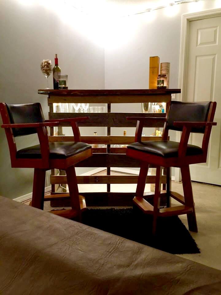 self-made pallet wood bar