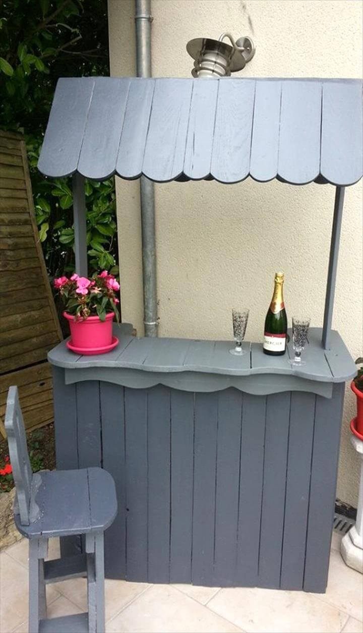 grey painted wooden pallet bar with round artistic edges