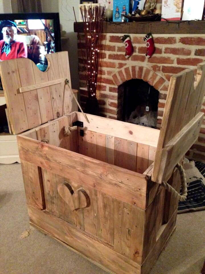 handcrafted wooden pallet love chest