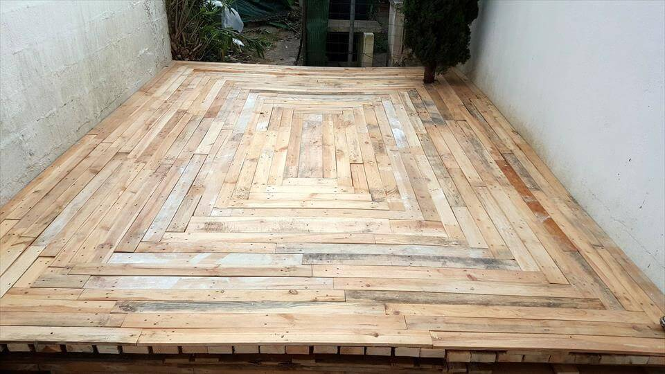 Build a Deck with Pallets
