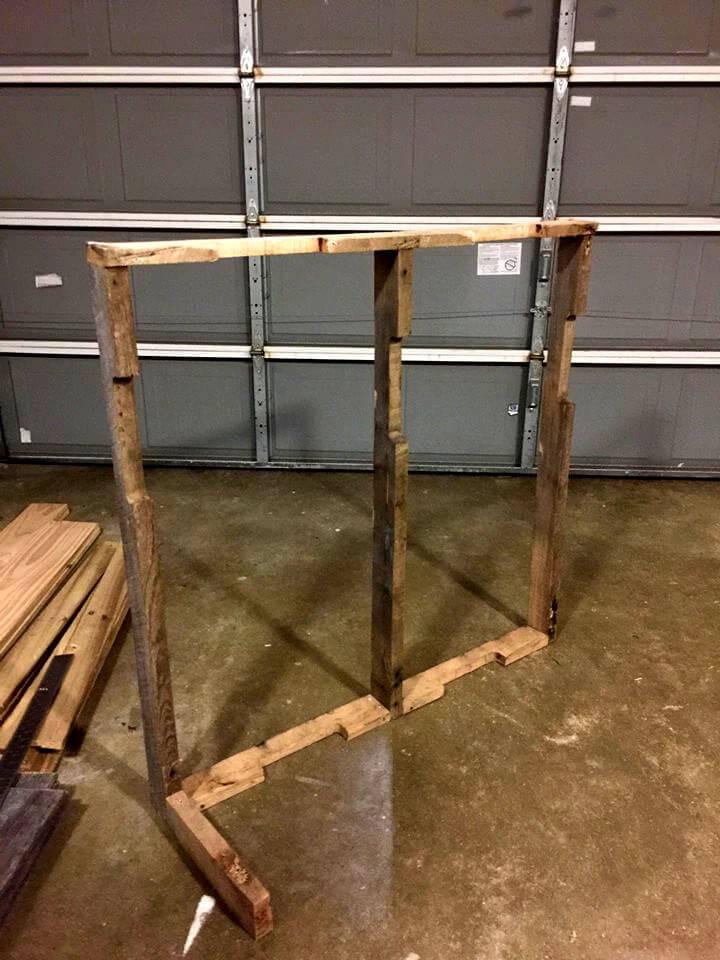 installation of pallet bar