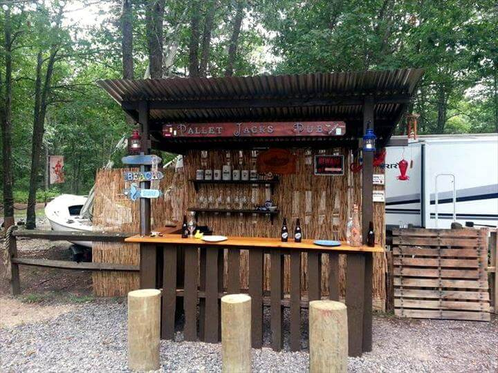 50+ Best-loved Pallet Bar Ideas & Projects on Backyard Bar With Roof id=86073