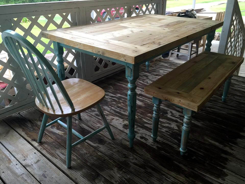 pallet dining table with chairs set Pallet Furniture Plans Easy DIY Outdoor Pallet Furniture