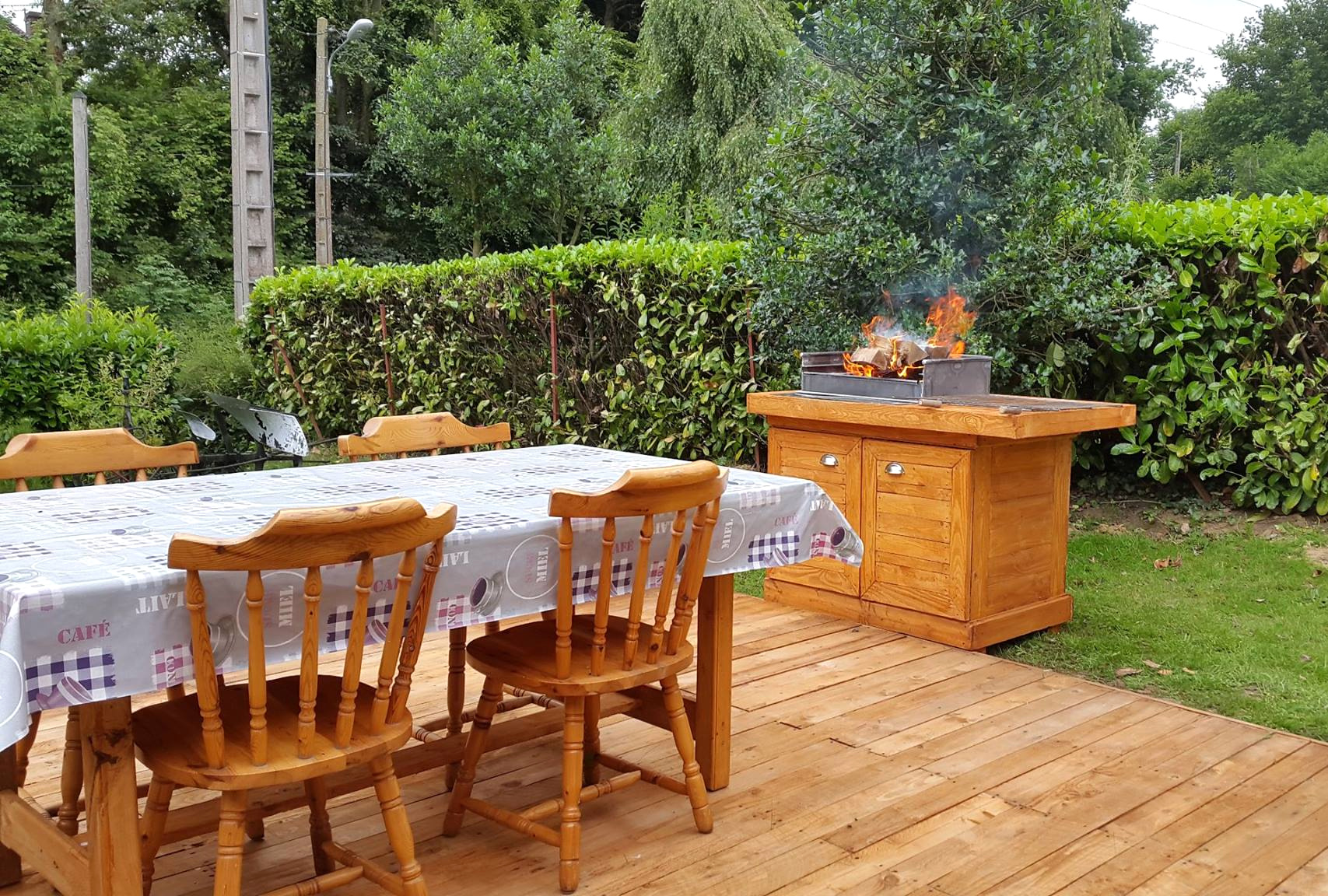 interesting garden furniture made out of decking build a simple - Garden Furniture Decking