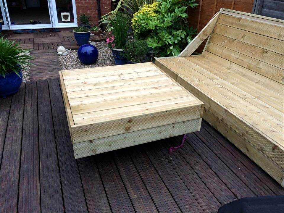 pallet deck sofa and coffee table