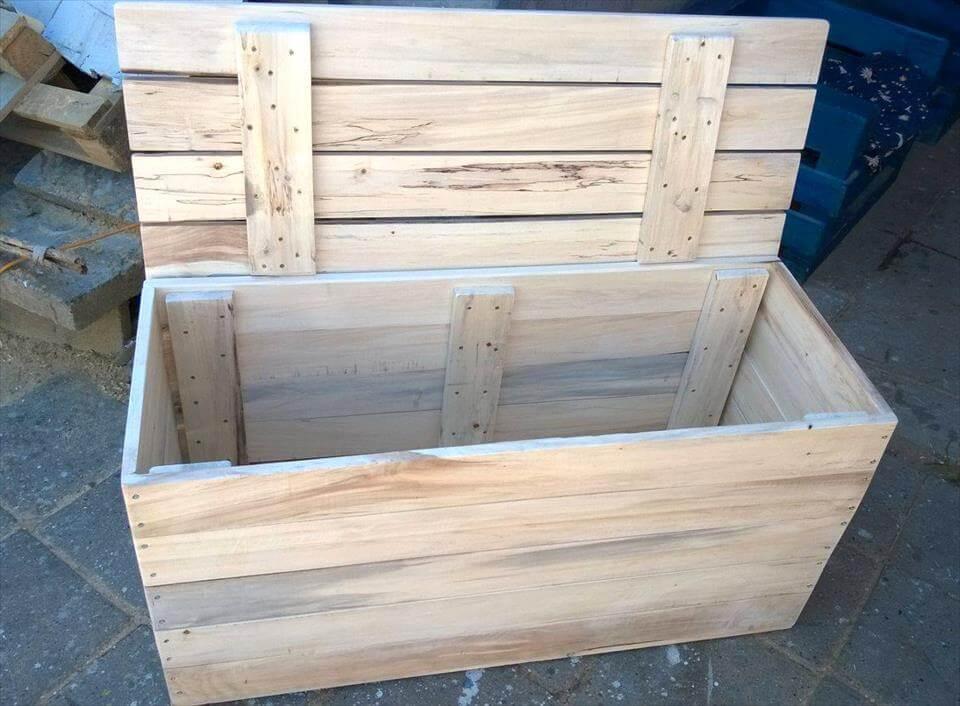 Wood pallet chest box for Pallet box diy