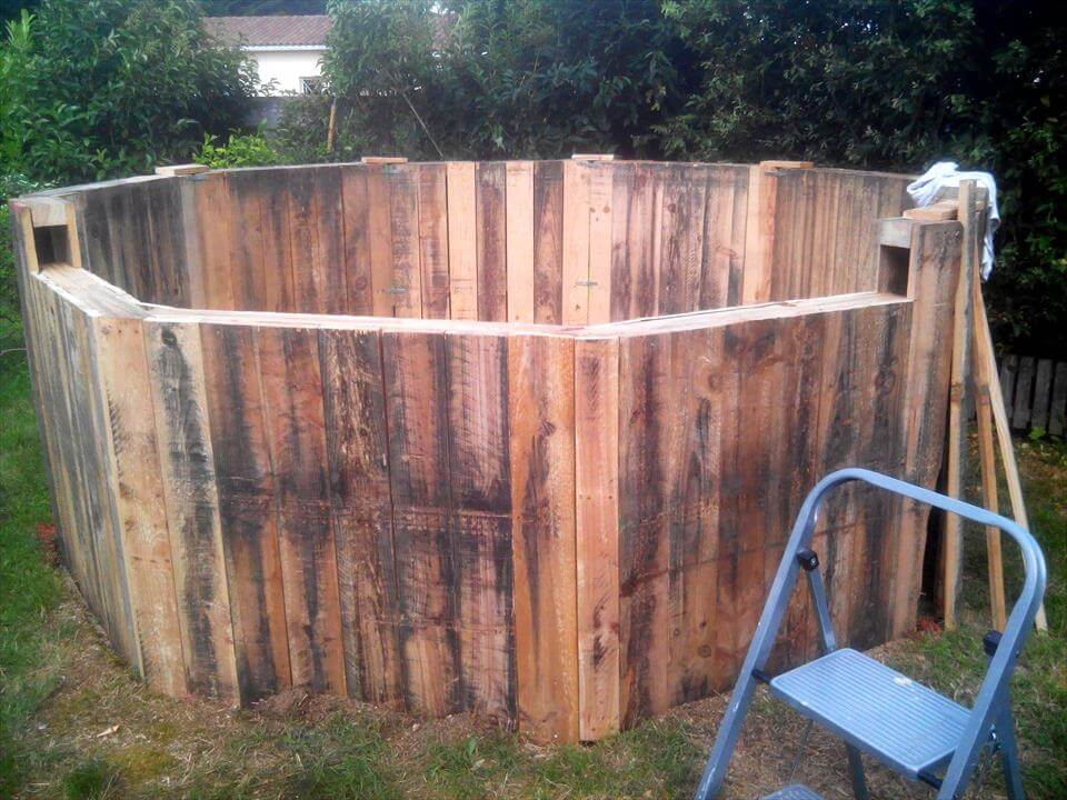 Free of cost pallet swimming pool for Garden pool made from pallets