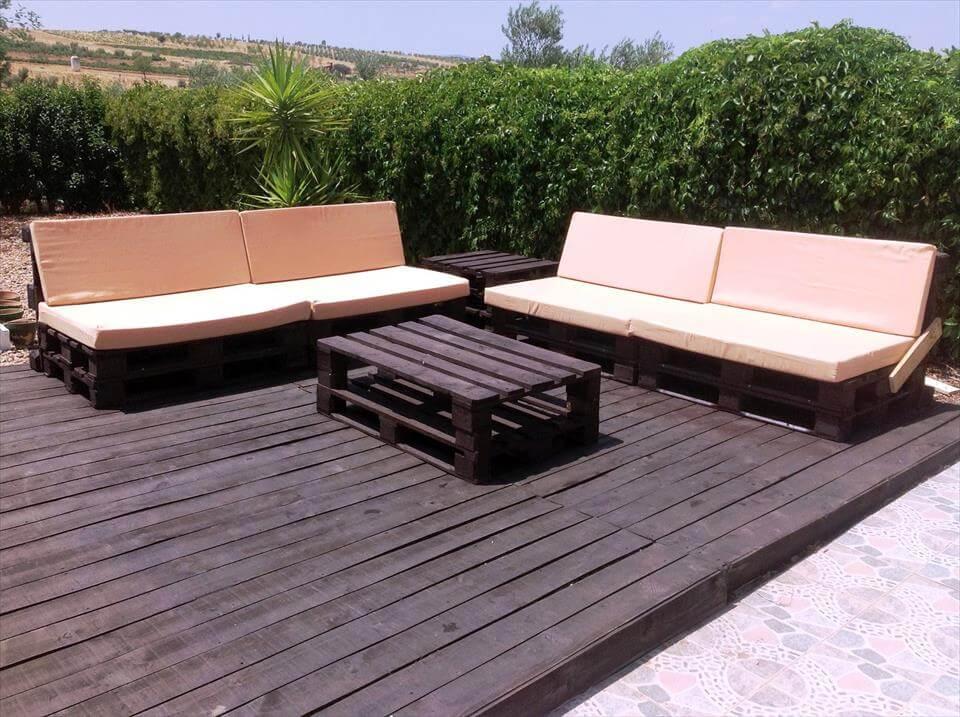 cubierta de madera hecho con paletas