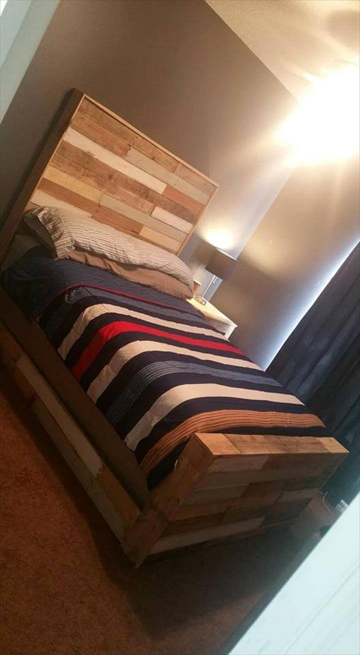 Awesome pallet bed