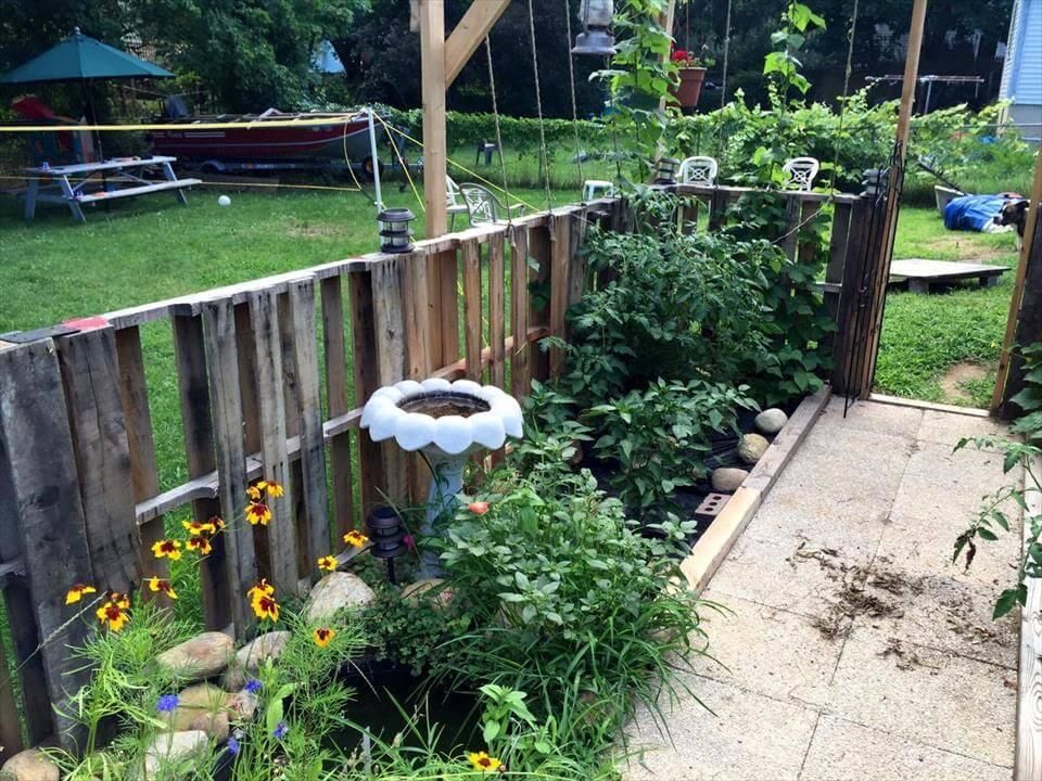 custom wooden pallet garden