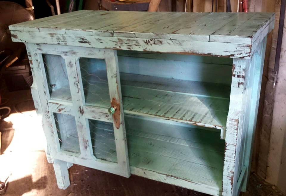 Pallet Coffee Cart