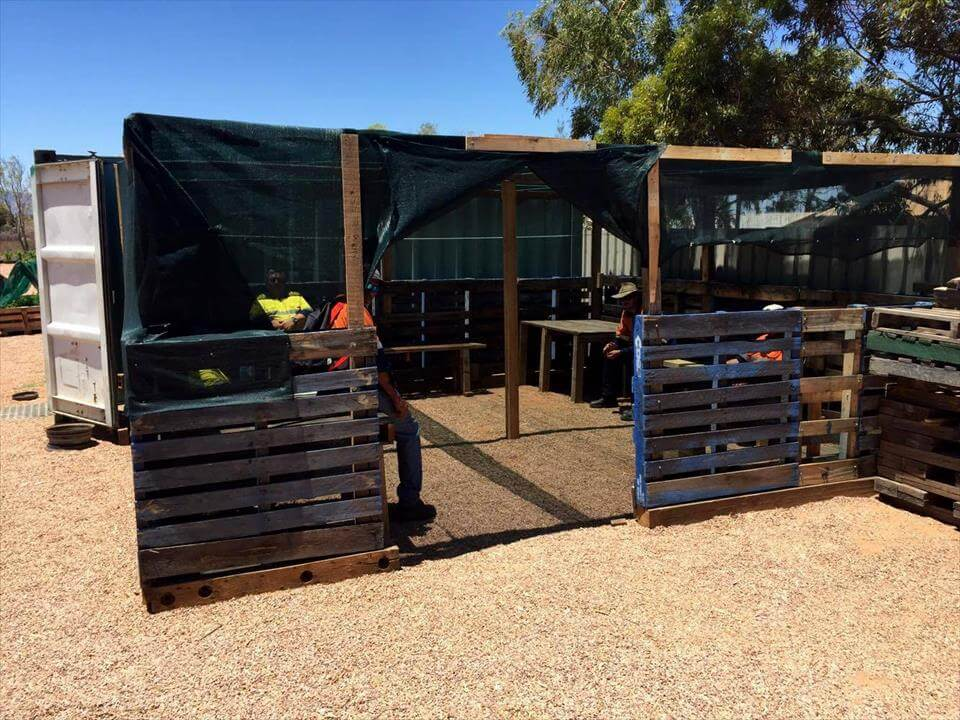 how to build a greenhouse out of pallets
