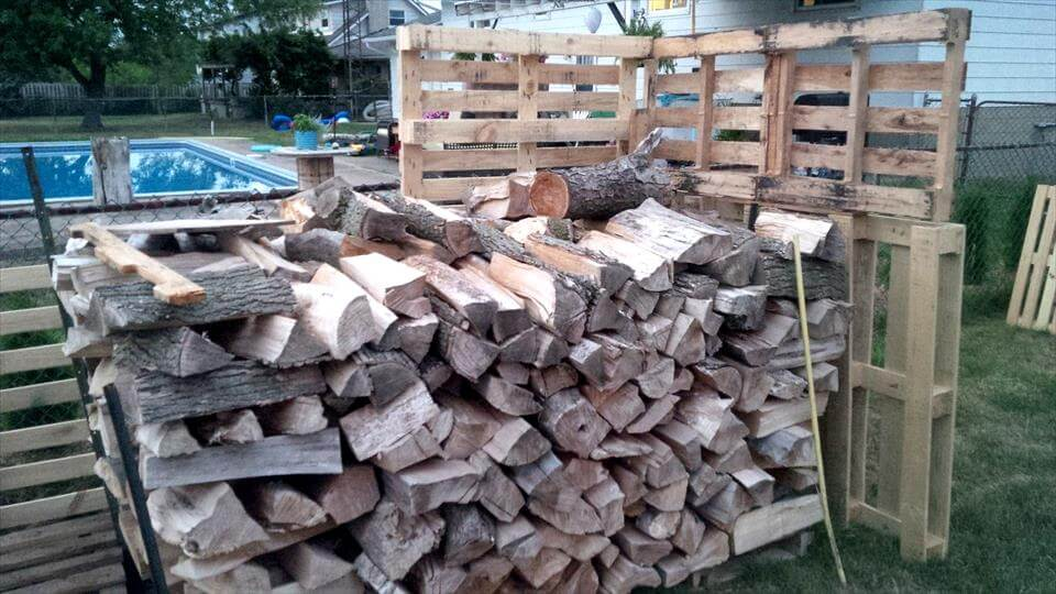 making a firewood shed with pallets
