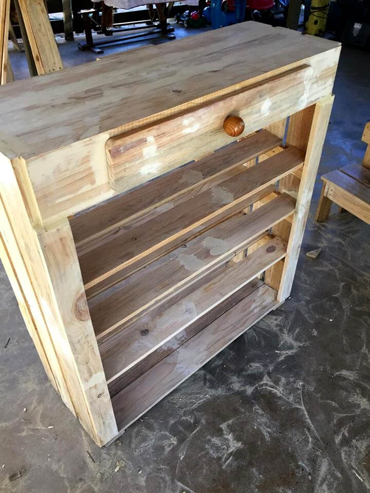 Beautiful Pallet Bar - Step by Step