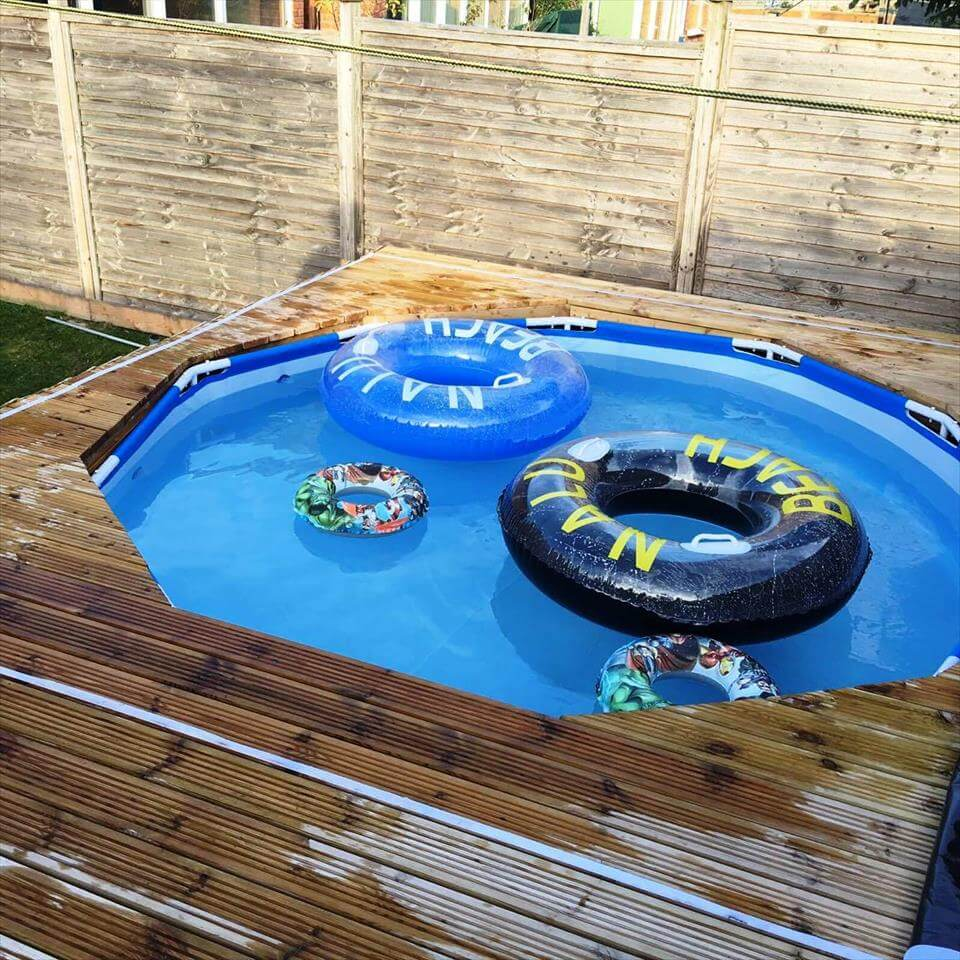 Swimming Pool Out Of Pallets – DIY