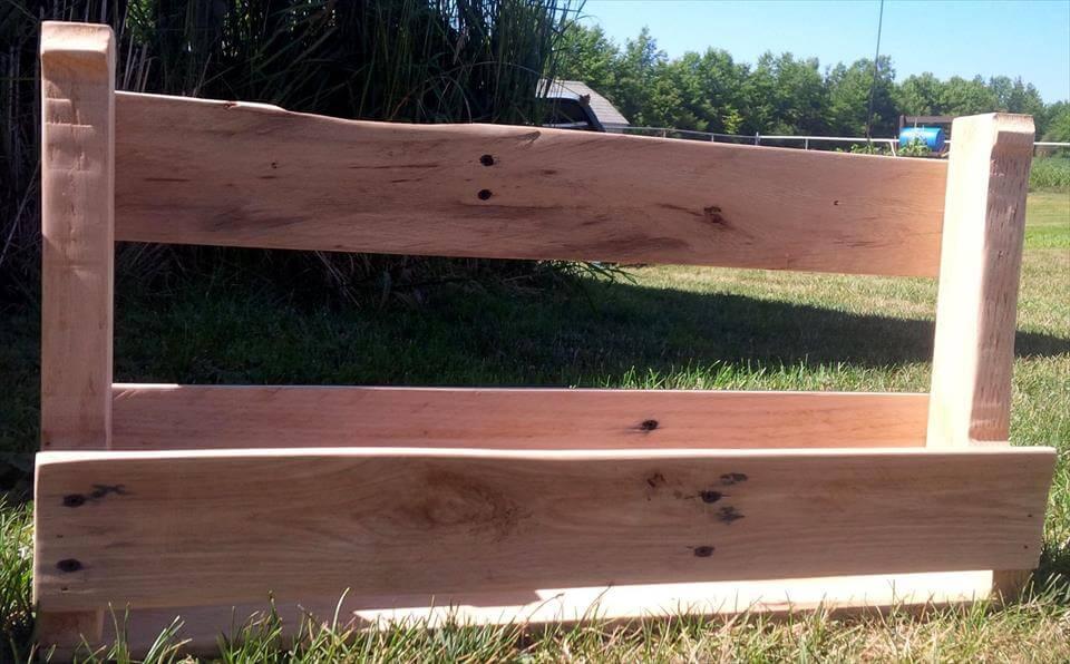 repurposed wooden pallet shoes rack