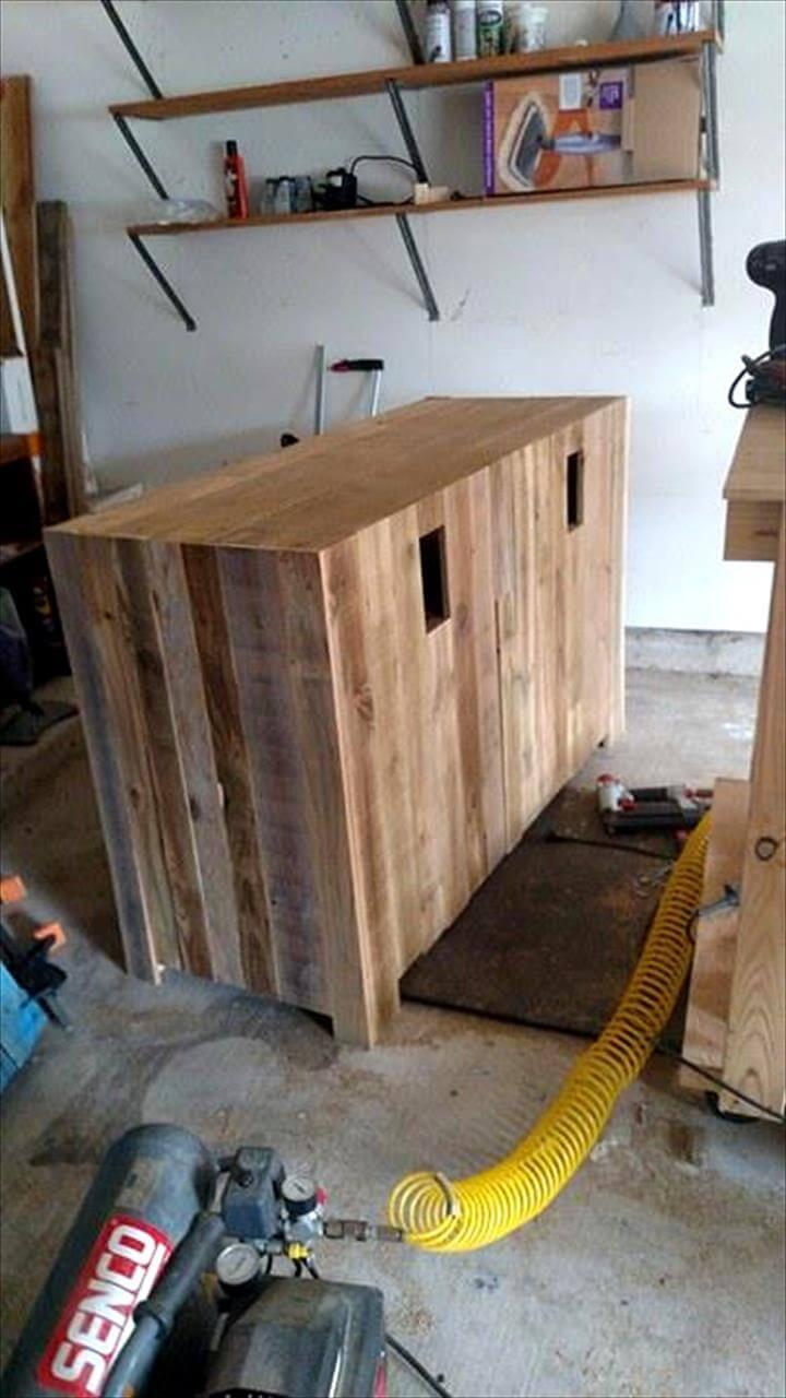 wooden pallet TV console