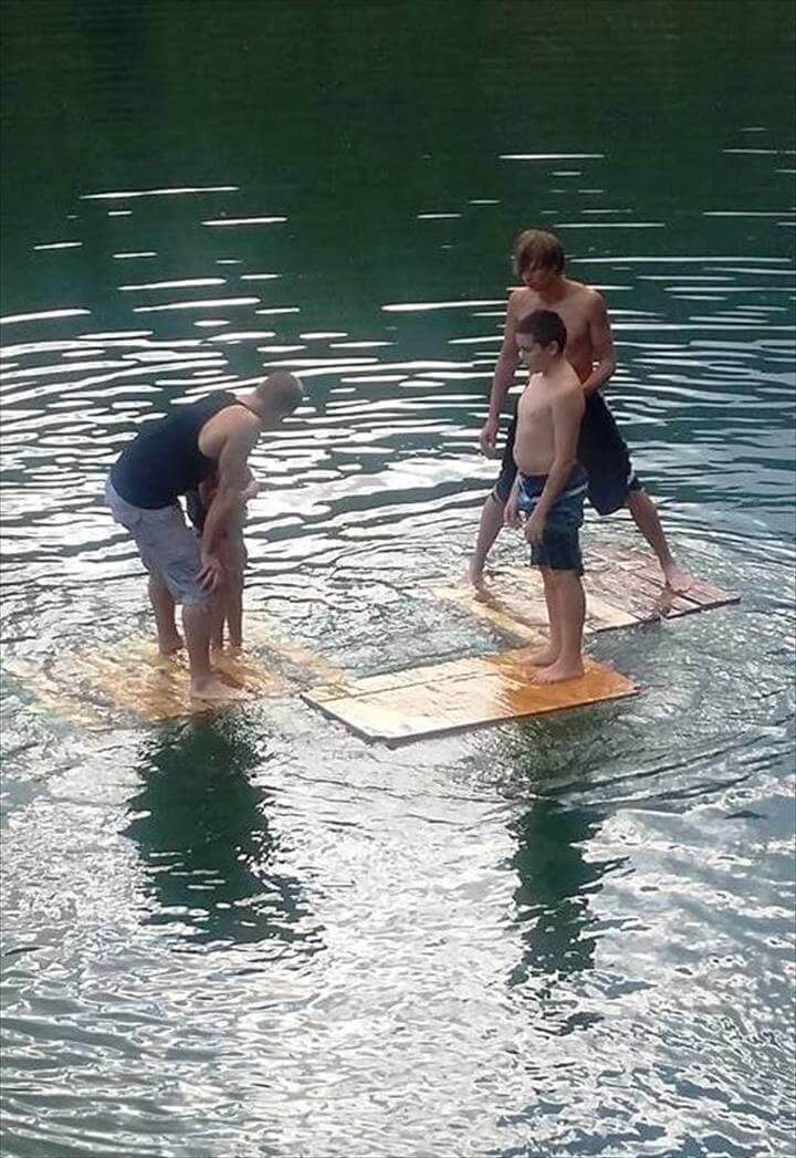 DIY Pallet and Swim Noodles Floating Dock - 101 Pallet Ideas