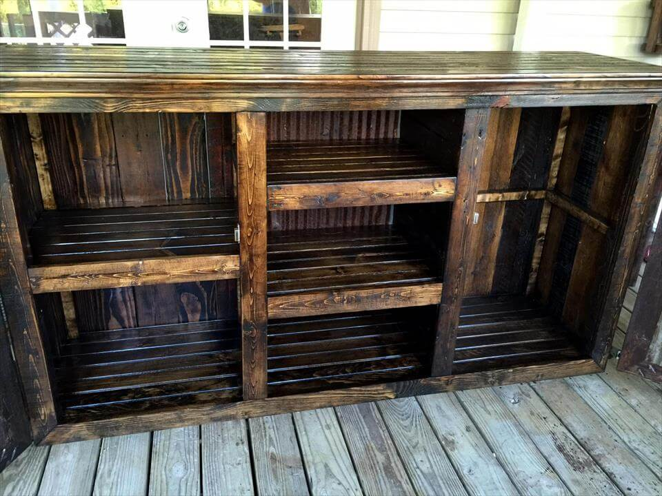 Pallet Bed with Storage Underneath