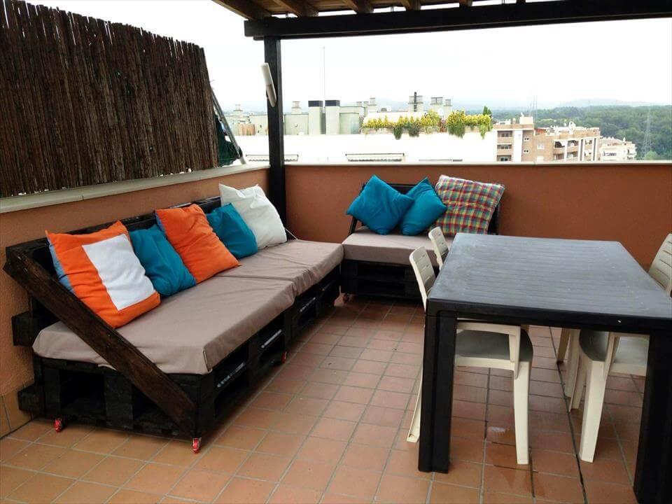 artesanal plataforma de madera terraza acolchado sofá seccional establecer y mesa de comedor