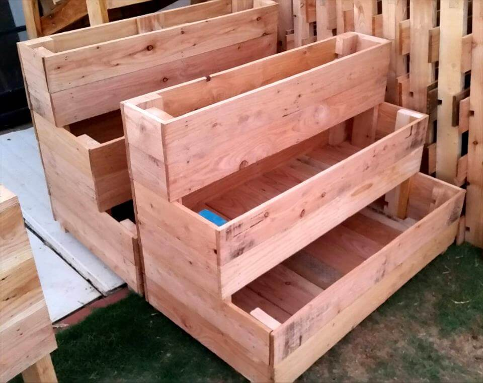 3 tiered pallet planters