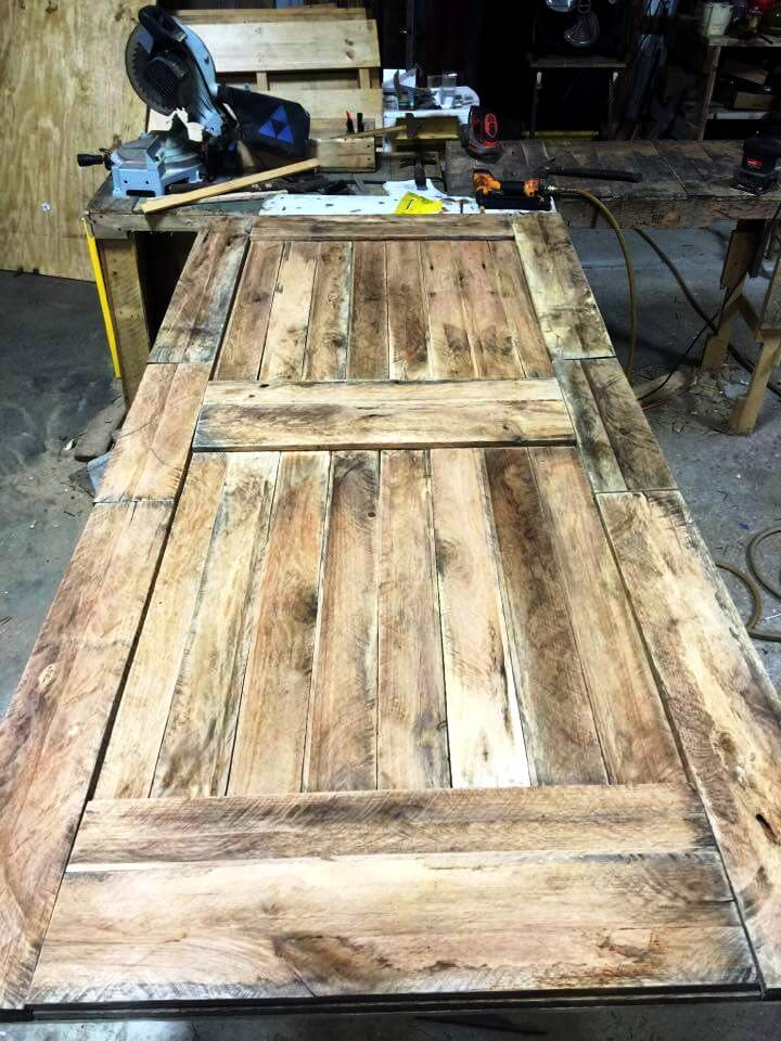 Doors Made Out Of Pallets 101 Pallet Ideas