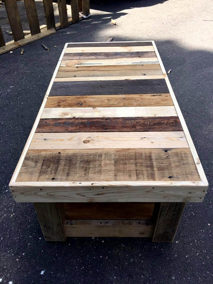 Wood Pallet Coffee Table ~ Custom pallet coffee table with glass top ideas
