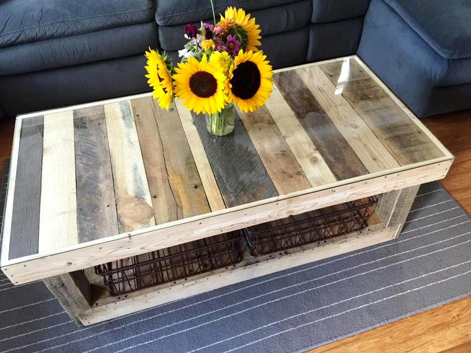 Custom Pallet Coffee Table With Glass Top Pallet Ideas