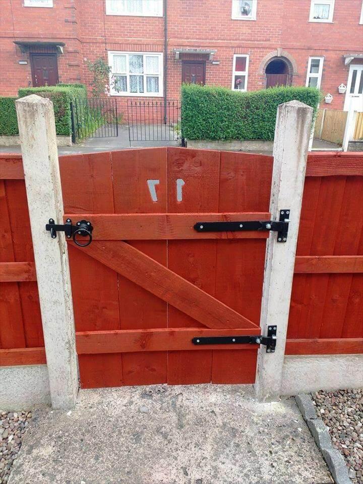 handmade wooden pallet gate