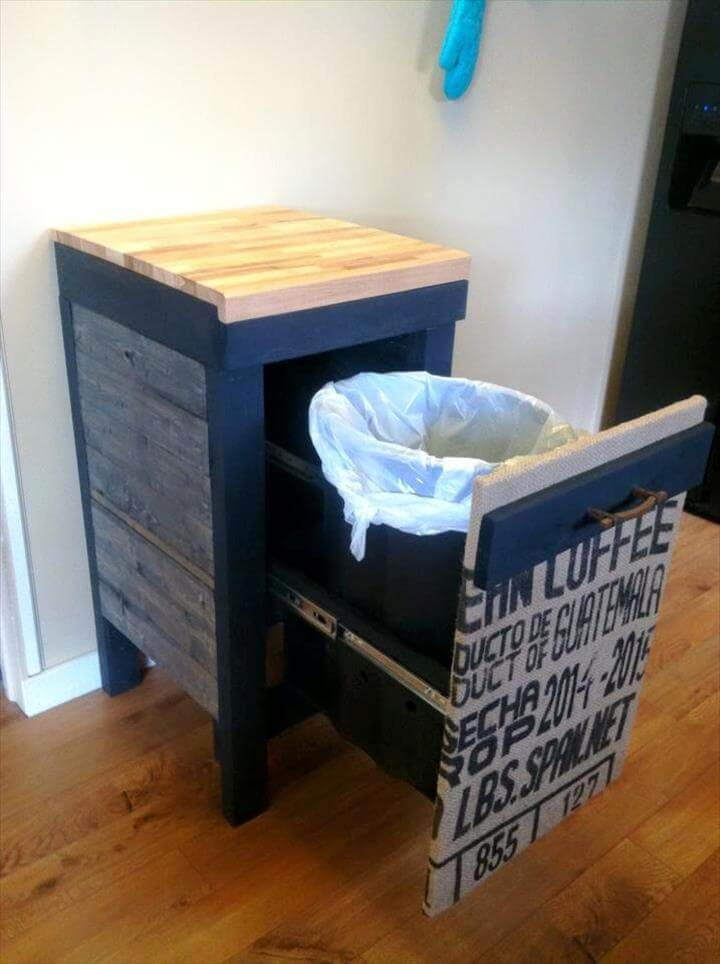 Personalized Pallet Trash Can Holder