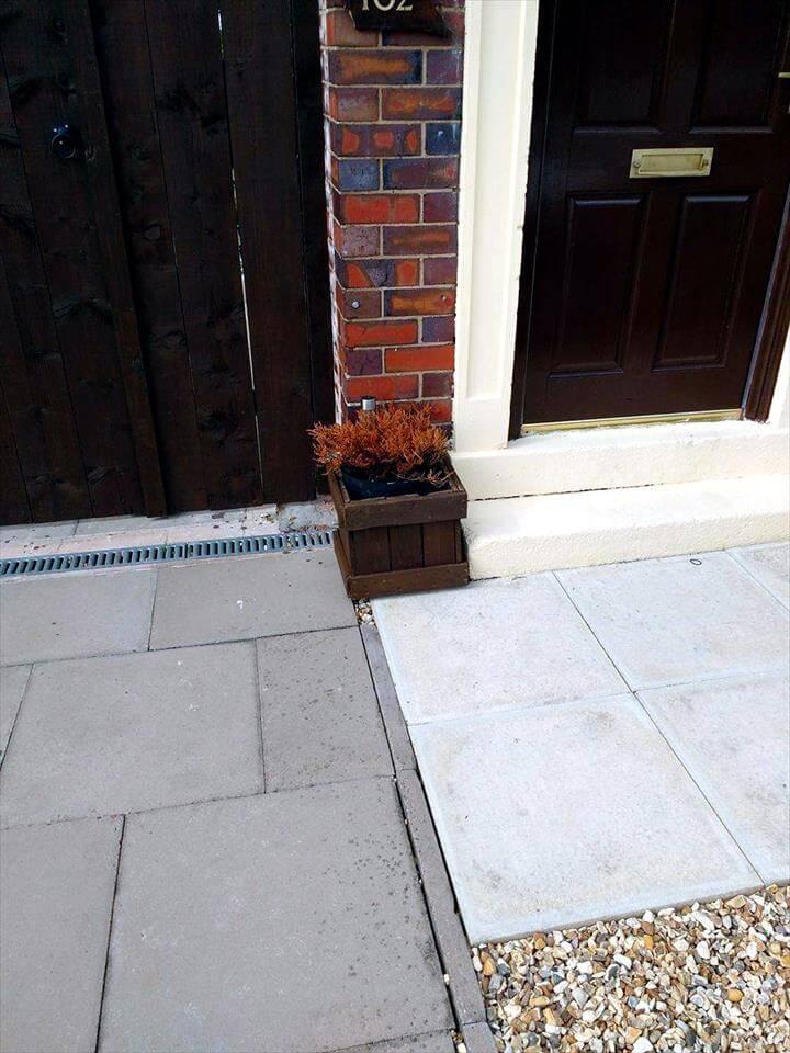 Front Door Pallet Planter Box